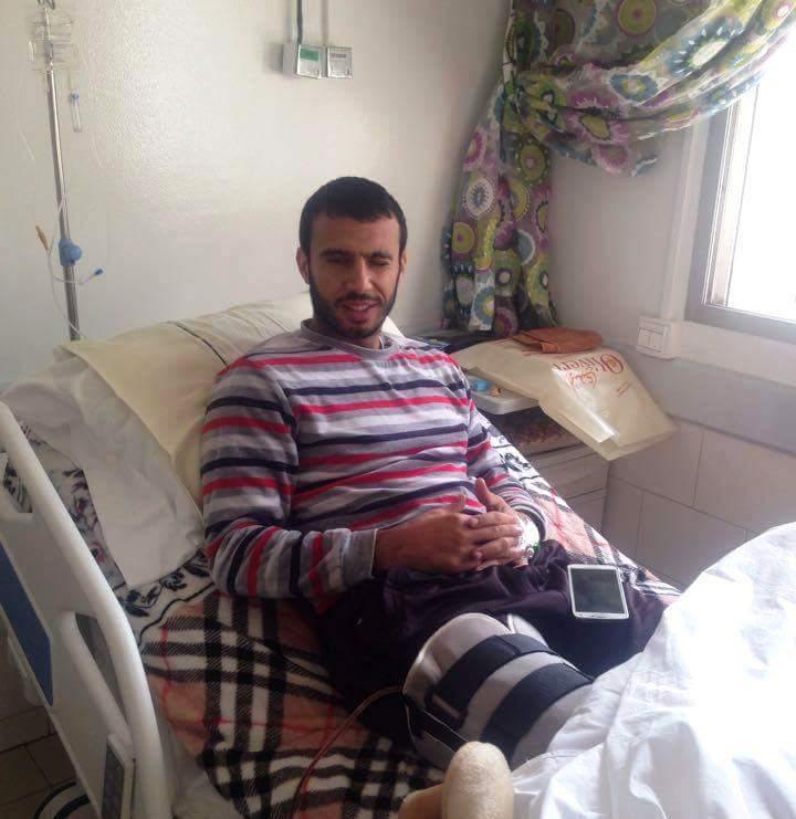 صورة حمزة الشطبي يجري عملية جراحية بماله الخاص في غياب أي دعم مادي