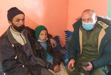 صورة فعاليات جمعوية وإعلامية من أزيلال تتقصى بعين المكان حقيقة  فيديو طفل آيت عباس